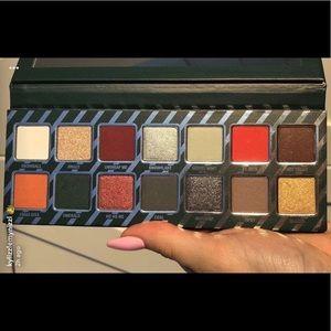 Kylie Cosmetics Naughty Eyeshadow Palette